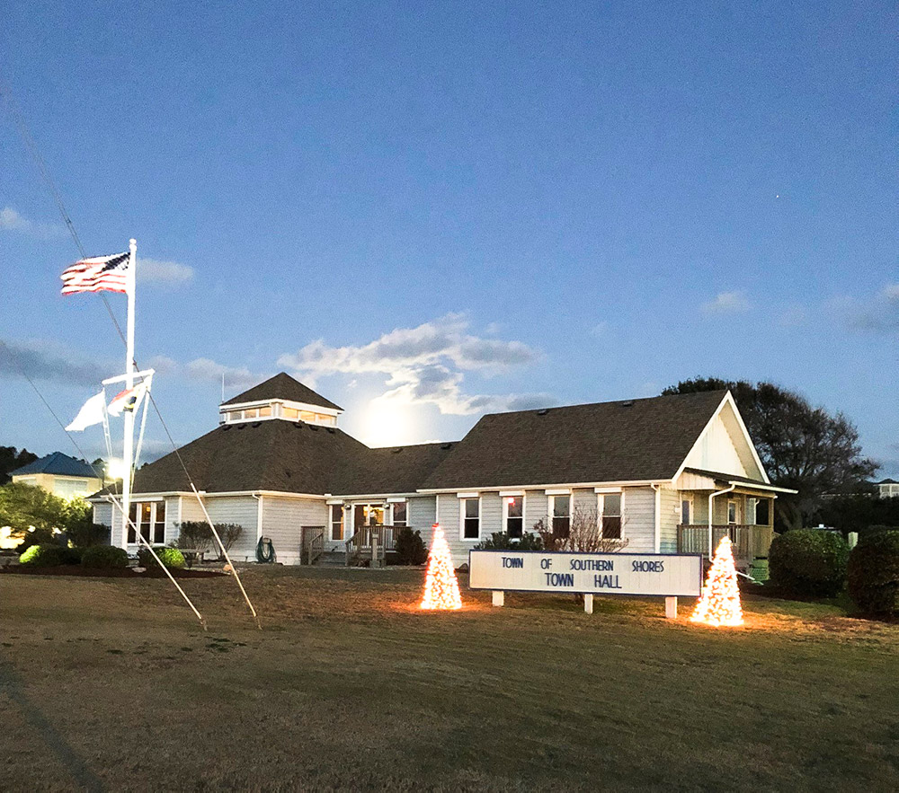 southern-shores-nc-town-hall-photo